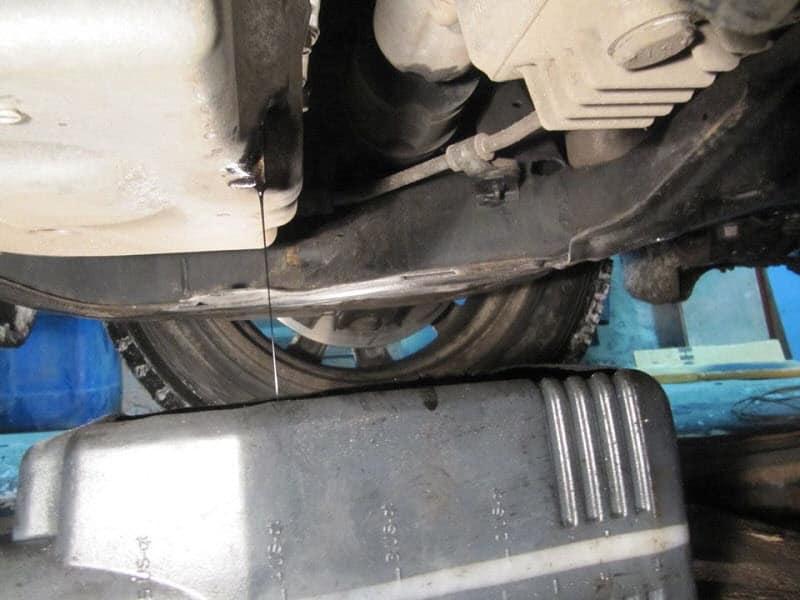 Сливаем масло из коробки Мазда CX-7