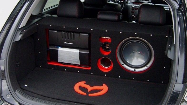 Тюнингованный багажник Mazda 3 MPS