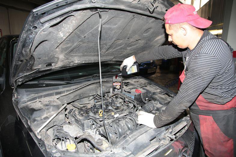 Доливка масла Mazda 3