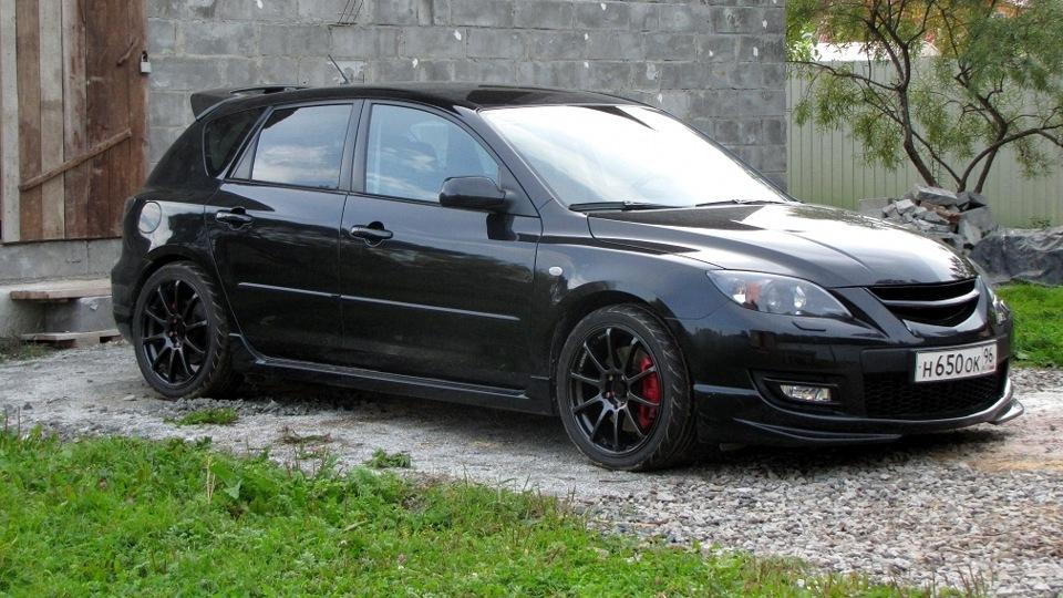 Черная Mazda 3 MPS