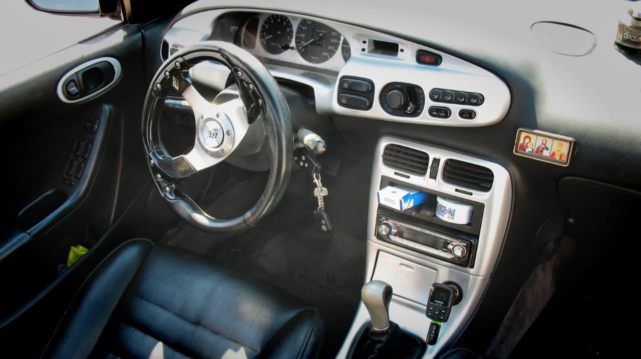 Тюнинг салона Mazda Xedos 6
