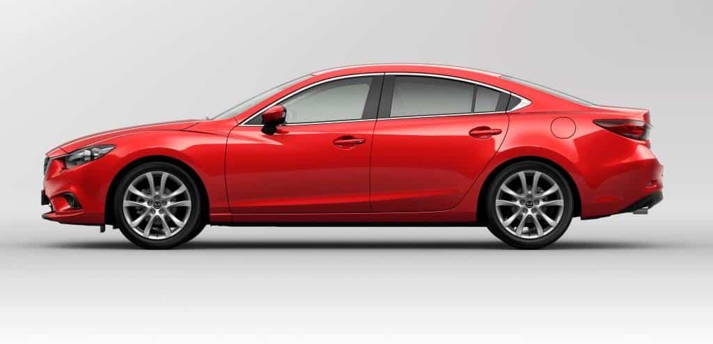 Mazda 6 2013 года вид сбоку