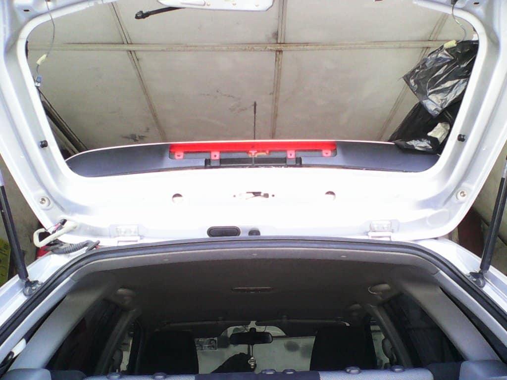 Снятие спойлера Mazda CX-5