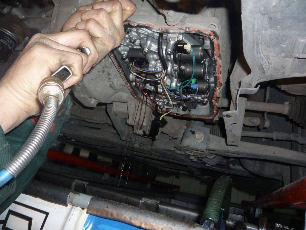Замена масло в акпп шевроле спарк своими руками