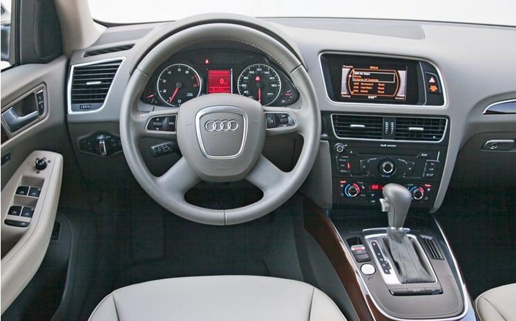 Audi Q 3/5 и Mazda CX 5