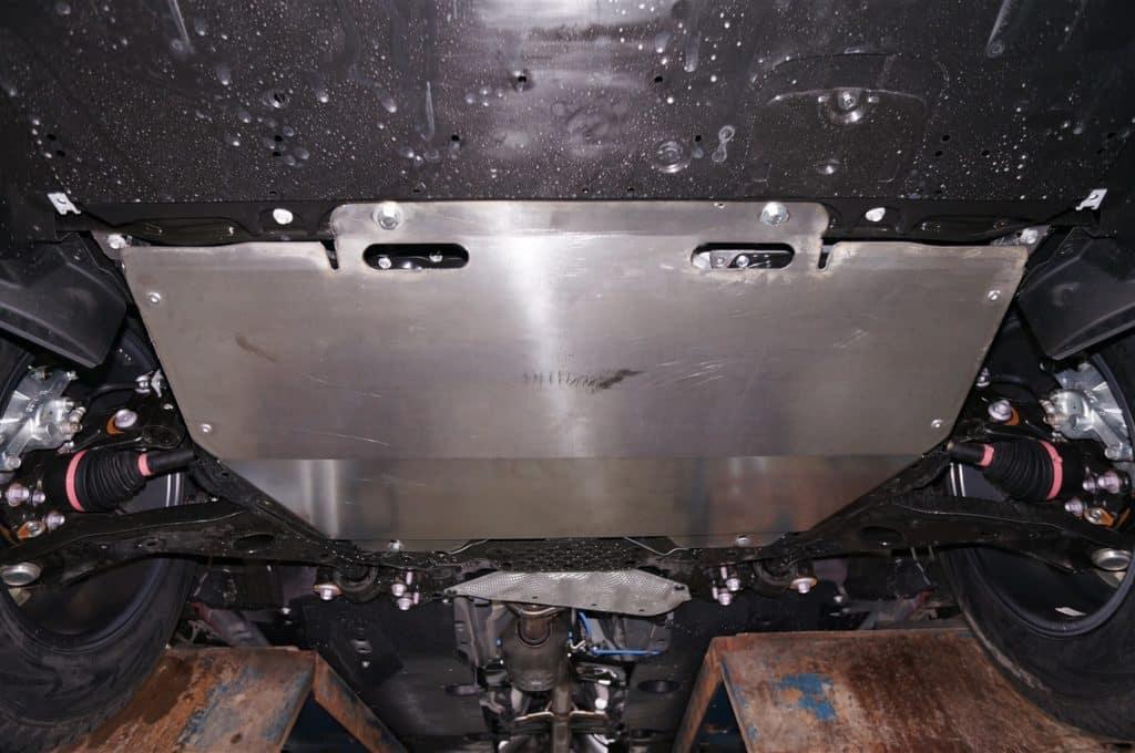 защита двигателя Мазда СХ 5
