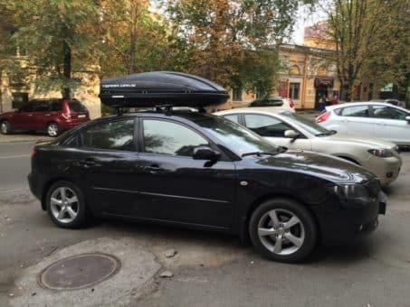 Установка багажника на крышу Мазда 3