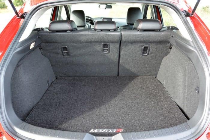 багажник Мазда 3