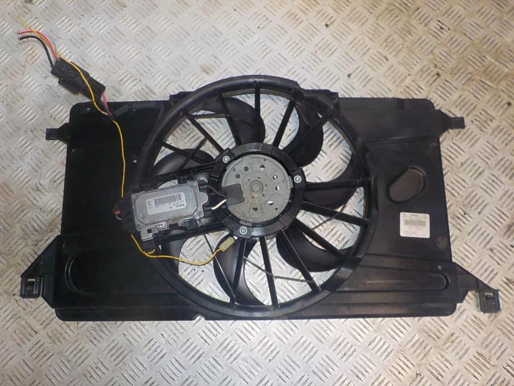 вентилятор охлаждения Мазда 3