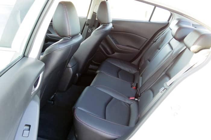 Как снять заднее сиденье на мазде 3