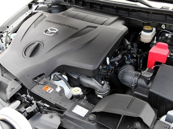Mazda CX-7 объемом 2.5 литра