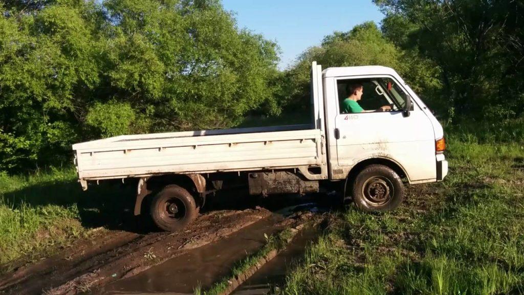 Мазда Бонго грузовик