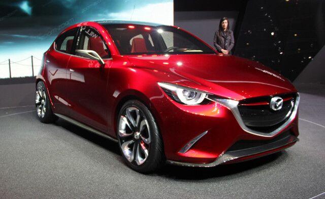Тюнингованная Mazda 3 2016 года