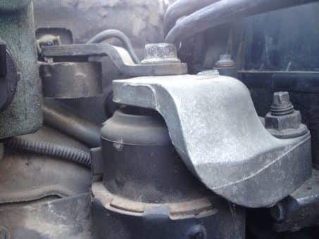 Правая подушка двигателя мазда 6 gh