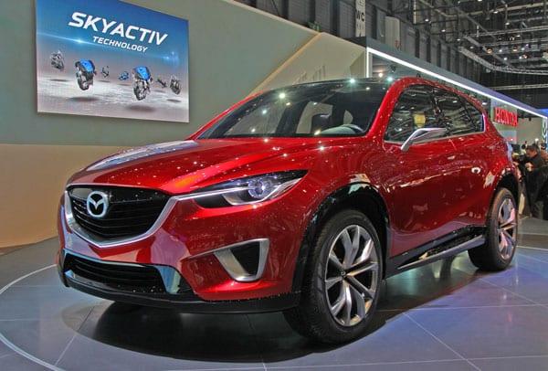 Изучаем новые двигатели и трансмиссии Mazda Skyactiv