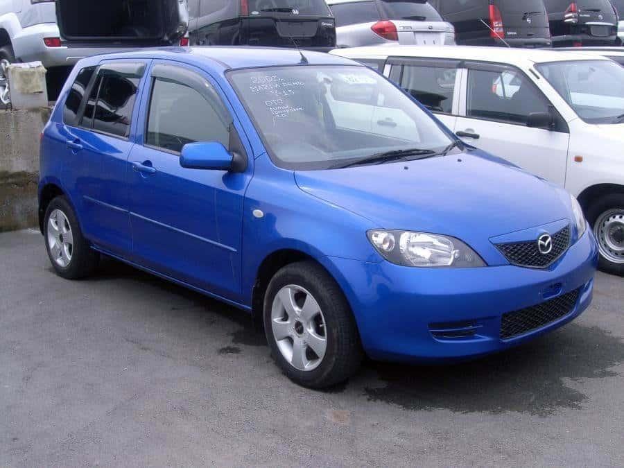 Mazda Demio (DY) 08.2002 – 03. 2005 - 2 поколение