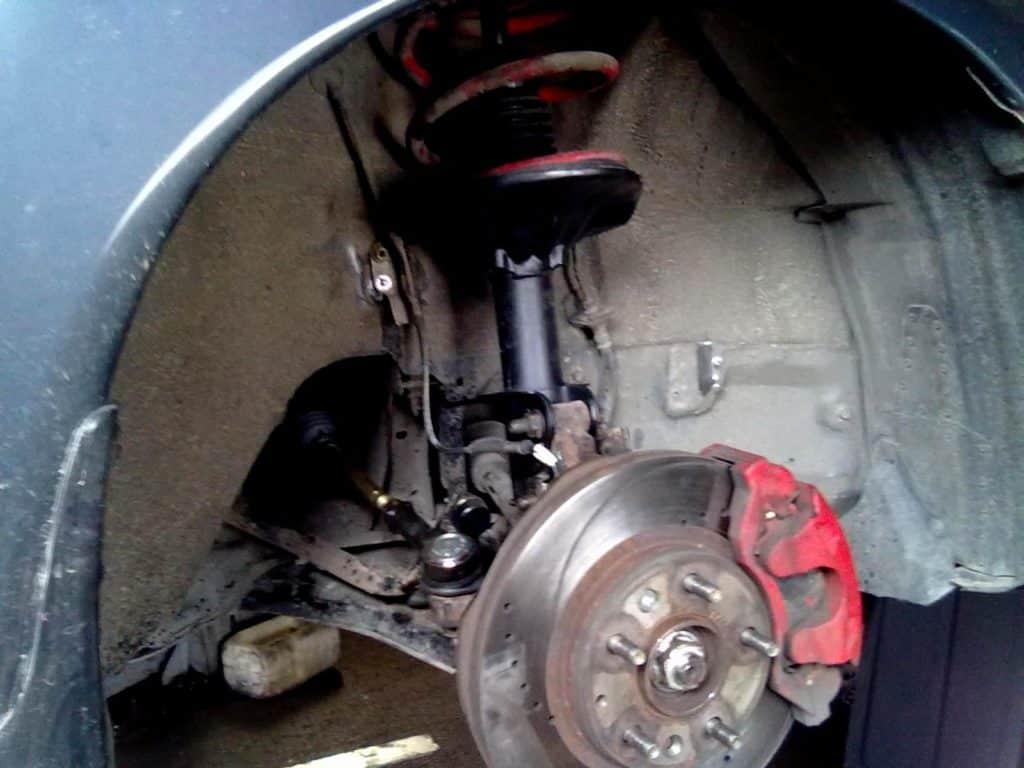 Ступица переднего колеса Мазда 626