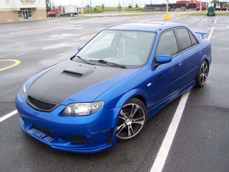 Mazda Familia тюнинг авто
