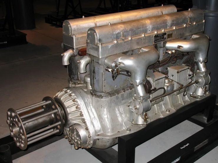 U-образный двигатель